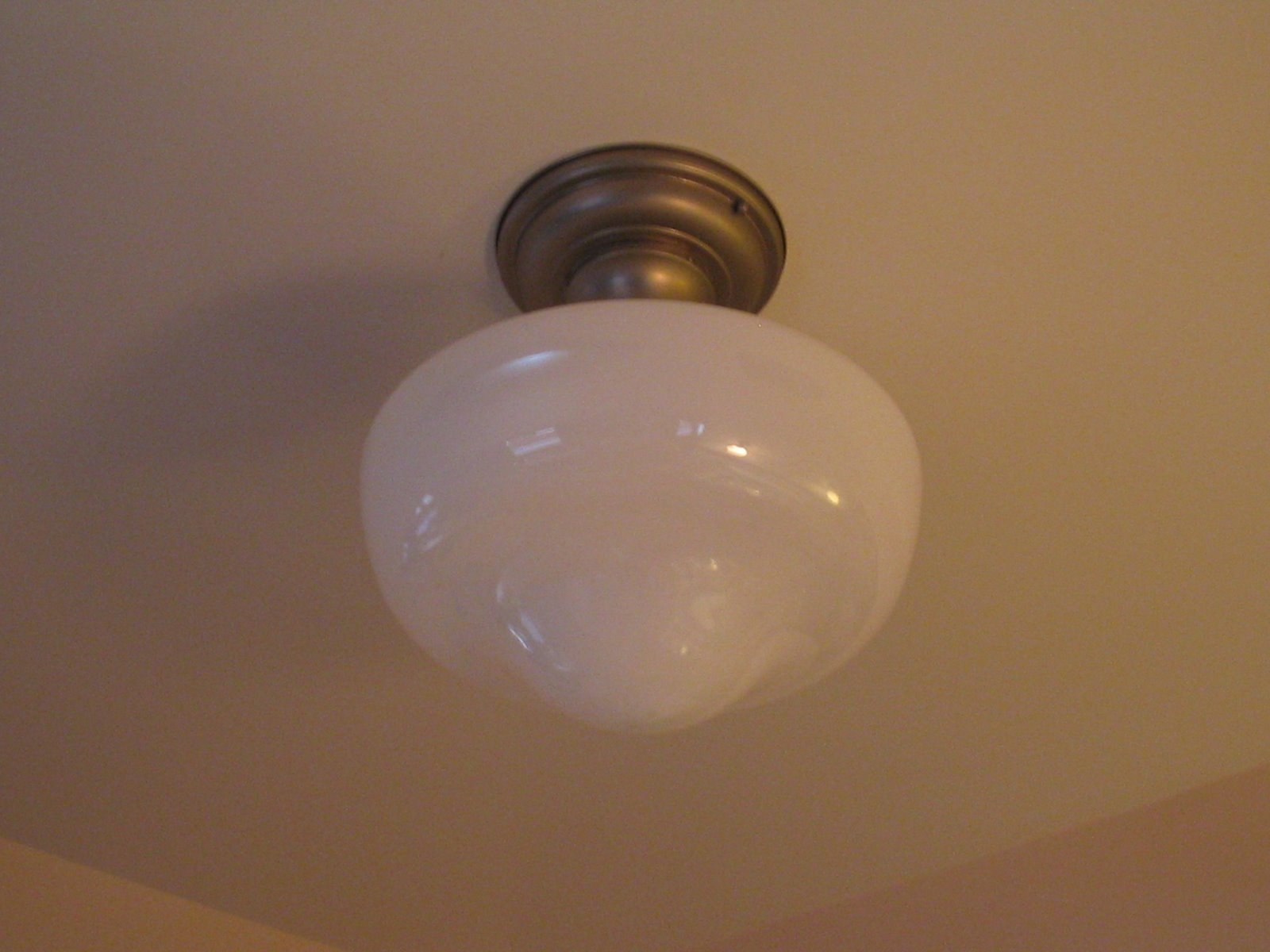 Milk Glass Bath Light: Recentering El Pueblo: June 2007